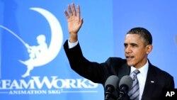 바락 오바마 미국 대통령이 26일 미국 캘리포니아주 글렌데일의 '드림웍스' 영화사를 방문했다.