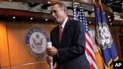 El presidente de la Cámara de Representantes, John Boehner, se mostró muy emotivo con el acuerdo, y felicitó a su bancada por el duro trabajo.