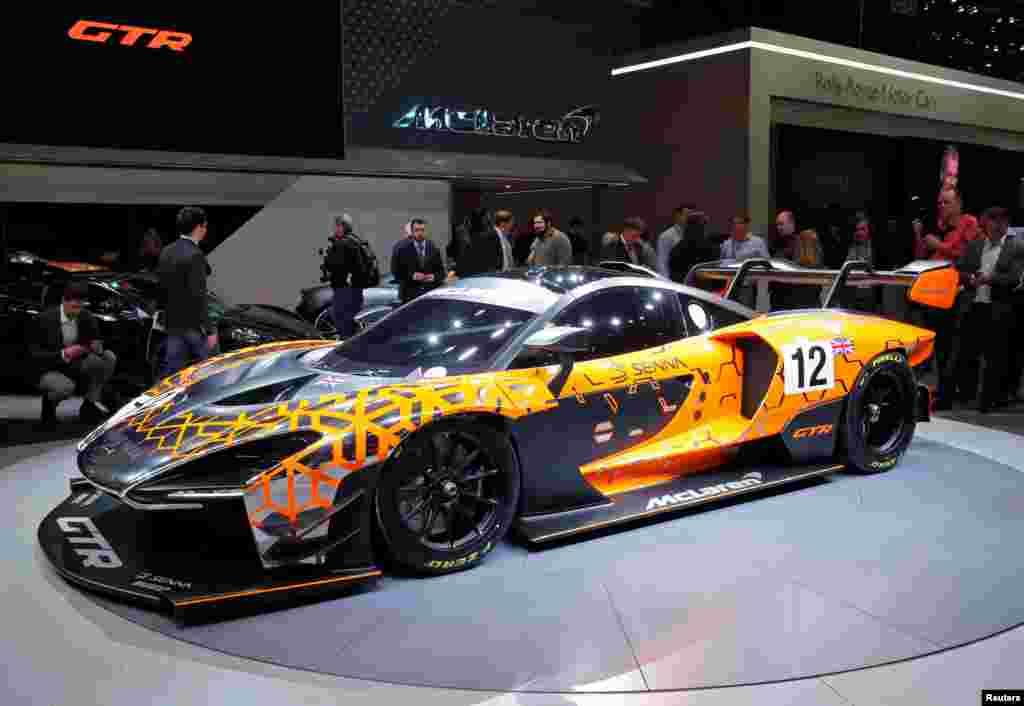 رونمایی از خودروی سنا مک لارن جی تی آر در هشتاد و هشتمین نمایشگاه بین المللی خودرو در ژنو سوئیس