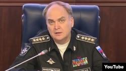 سفر جدید روسیه در ایالات متحده قبلاً معین وزارت خارجه و پیش از آن معین وزارت دفاع کشورش بود.