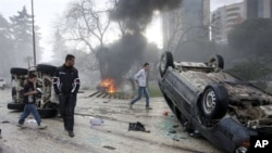 Πλάνο απ' τις βιαιότητες στα Τίρανα
