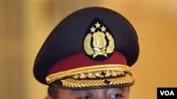 Kapolri Jenderal Pol. Timur Pradopo sesaat sebelum dilantik bulan Oktober tahun lalu. Sebuah kelompok pemantau HAM menyatakan tidak puas dengan kinerjanya selama ini.