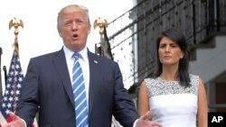 پرزیدنت ترامپ و نیکی هیلی سفیر آمریکا در سازمان ملل.