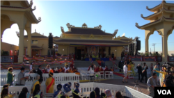 The Dalai Lama will dedicate the $6 million Dieu Ngu Temple on Sunday. (M. O'Sullivan/VOA)