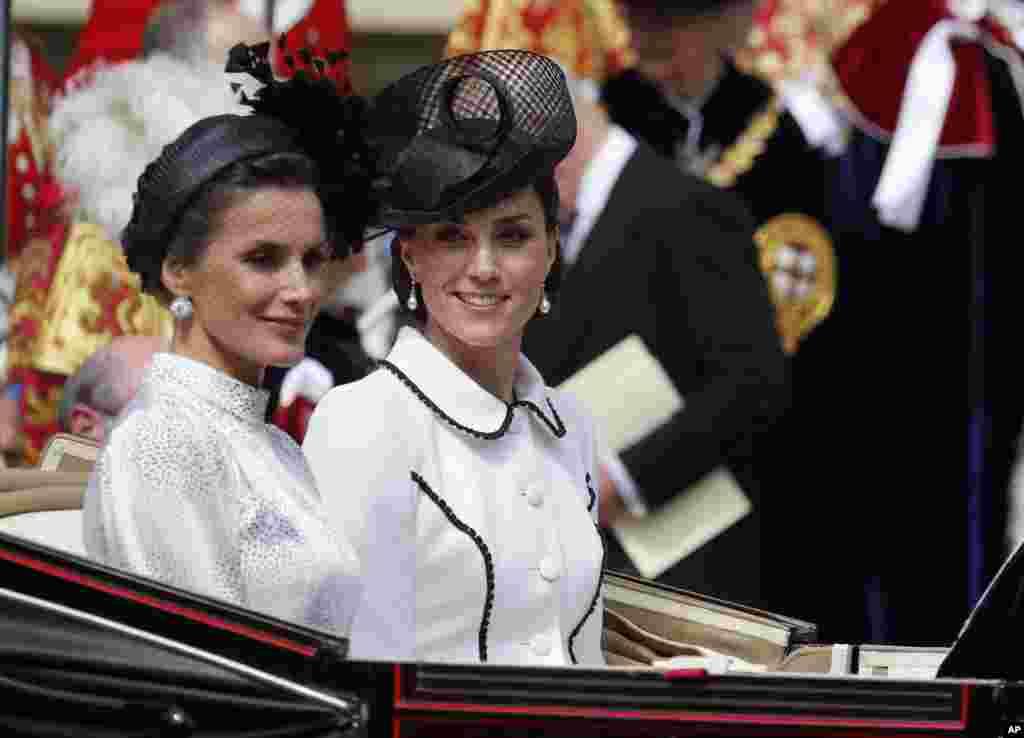 ព្រះមហាក្សត្រី Letizia នៃប្រទេសអេស្ប៉ាញ និងព្រះនាង Kate យាងចេញពីពិធីមួយនៅប្រាសាទ Windsor Castle នៅក្រុង Windsor។