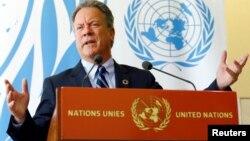 Le directeur David Beasley participe à une conférence sur la crise au Soudan du Sud, à Genève, en Suisse, le 15 mai 2017.