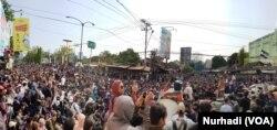 Mahasiswa berkumpul di Gejayan, ruas jalan yang terkait dengan reformasi 1998. (Foto:Terkini.com/ Nurhadi)