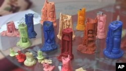 موم بتیوں سے خوبصورت فنی نمونے