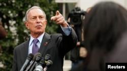 Thị trưởng New York Michael Bloomberg