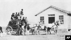 You probably didn't believe it when we said Wells Fargo's stagecoaches could hold up to 18 people, plus baggage. Here's proof!