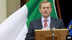 PM Irlandia, Enda Kenny mengatakan perekonomian Irlandia bergerak ke arah yang benar dengan bebas dari dana talangan (foto: dok).