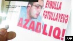 Tanınmış jurnalistlər Eynulla Fətullayevlə bağlı Azərbaycan prezidentinə kütləvi twit çağırışı edib