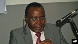 Antigo primeiro-ministro de Angola, Marcolino Moco