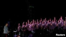 Des membres de l'armée rouge donne un spectacle à Beyrouth le 13 septembre 2014.