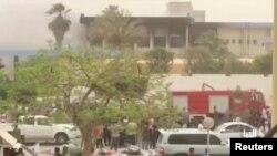 تصویر منتشر شده از حمله انتحاری داعش به ساختمان کمیسیون انتخابات لیبی در مرکز شهر طرابلس - ۱۲ اردیبهشت ۱۳۹۷