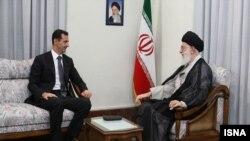 دیدار بشار اسد رئیس جمهوری سوریه با آیت الله خامنه ای رهبر جمهوری اسلامی ایران در تهران - مهر ۱۳۸۹