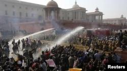 india / rape / protest / police