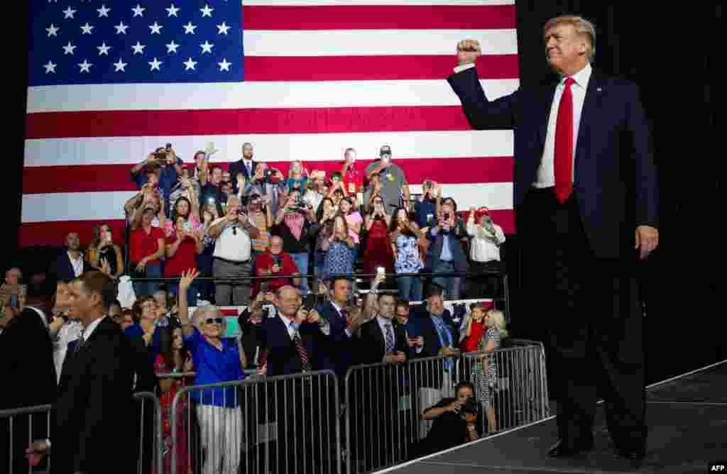 رئیس جمهوری آمریکا که برای حمایت از نامزدی یک جمهوریخواه برای انتخاب فرماندار آینده فلوریدا سخنرانی می کرد باز گفت مذاکره با ایران نزدیک است.