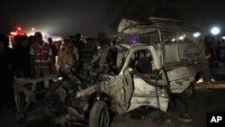 25 جنوری، 2011، کراچی میں دھماکے کا ایک منظر