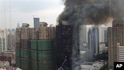 53 νεκροί από πυρκαγιά σε ουρανοξύστη της Σαγκάης