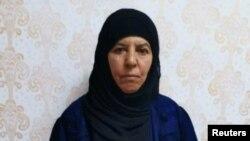 아부 바르크 알바그다디의 친누나.