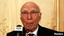Cố vấn về đối ngoại và an ninh quốc gia Pakistan, ông Sartaj Aziz.
