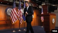 John Boehner dijo que ambos partidos políticos buscarán una salida que no afecte a los estadounidenses y que ayude a recuperar la confianza del país.