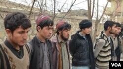 په دغو کسانو کې یې ډېر وايي چې په پاکستان کې په مدرسو کې د داعش لیکو ته جلب شوي دي