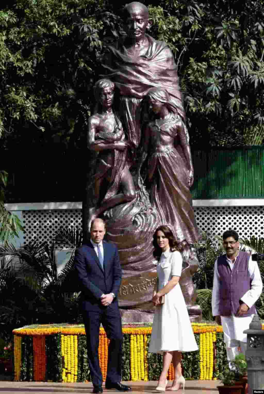 شہزادہ ولیم کے والدین شہزادہ چارلس اور آنجہانی شہزادی ڈیانا نے 1992ء میں بھارت کا دورہ کیا تھا۔