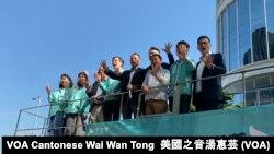 """香港民主黨為11月24日區議會選舉造勢,民主派以""""五大訴求、一起公投""""為選舉主題,連結反送中運動。"""