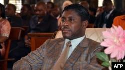 Le vice-président Teodorin Obiang Nguema, le fils du président de la Guinée équatoriale Teodoro Obiang Nguema lors d'une messe à la cathédrale de Malabo pour célébrer son 41e anniversaire, le 25 juin 2013.