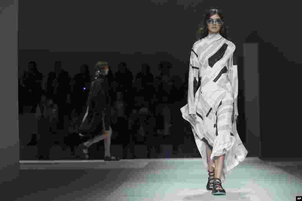 نمایش مجموعه لباسهای ۲۰۱۹ «هوگو باس »در هفته مد در نیویورک