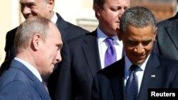 Tổng thống Nga Vladimir Putin (trái) và tổng thống Barack Obama (phải) tại Hội nghị G20 Summit ở St. Petersburg 6/9/2013.