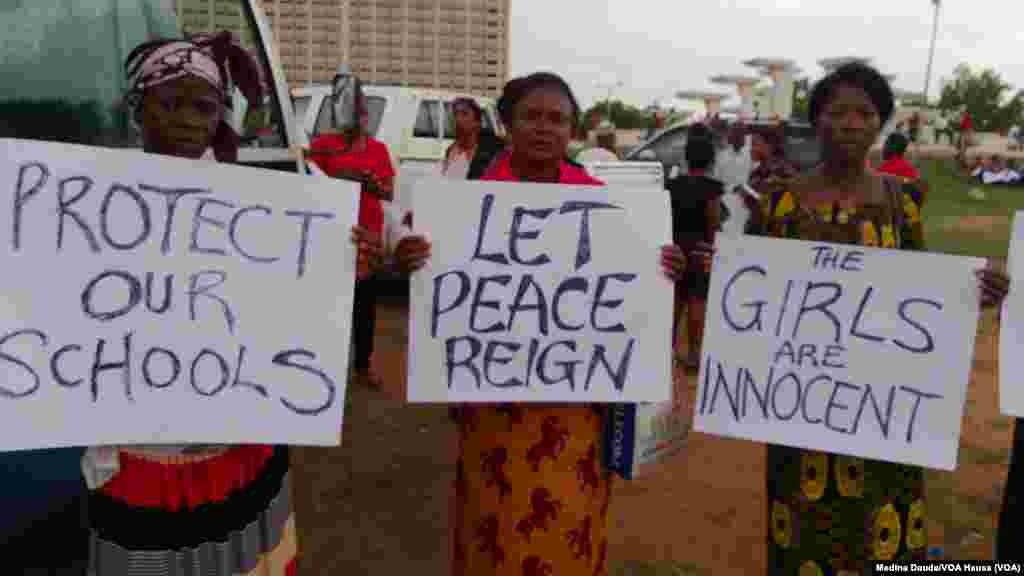 Another set of protesting women at the Unity Fountain in Abuja.