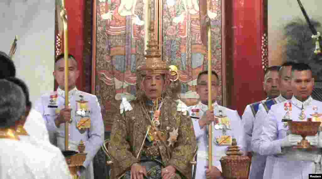Thailand's King Maha Vajiralongkorn is crowned during his coronation in Bangkok, May 4, 2019, in this still image taken from TV footage.