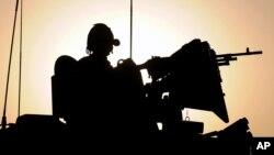 Kế hoạch của Anh bao gồm việc gởi 70 quân nhân tới Somalia hỗ trợ y tế, kỹ thuật và hậu cần cho phái bộ Liên hiệp Châu Phi tại đó, và 300 binh sĩ sang Nam Sudan hỗ trợ kỹ thuật.