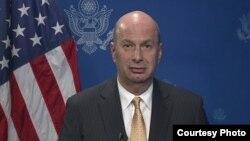 گوردون ساندلند، سفیر آمریکا در اتحادیه اروپا
