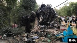 کامیون حامل بتن پس از برخورد با دیوار سفارت روسیه آتش گرفت