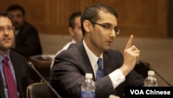 美国独立创业者思迪吉在国会作证 (美国之音 常晓拍摄)