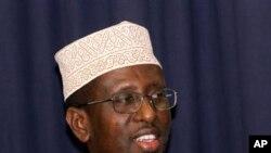Madaxweyne Shariif oo Ciidanka la Hadlay