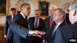 Obama Kongress yetakchilari bilan uchrashmoqda