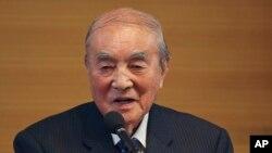 2015年5月1日,日本前首相中曾根康弘在东京的日本宪法修改年度会议上发表演讲。