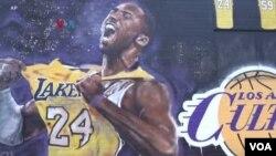 Para Fans di Los Angeles Mengenang Kobe Bryant