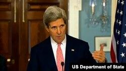 13일 미 국무부에서 가진 기자회견에서 북한 핵실험에 대한 질문에 답변하는 존 케리 미 국무장관.