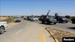 Les forces alliées au gouvernement d'union nationale de la Libye avancent en direction des banlieues est et sud de Syrte, forteresse du groupe État islamique, le 9 juin 2016.