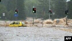 Lũ lụt quét qua thị trấn Toowomba ở đông bắc Australia, ngày 12/1/2011