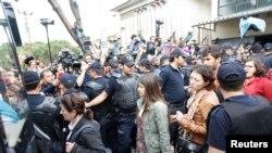 5月17日土耳其警方在索玛拘捕了18人