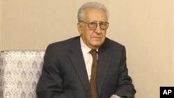 13일 시리아 다마스쿠스에 도착한 라크다르 브라히미 시리아 담담 유엔-아랍연맹 특사.