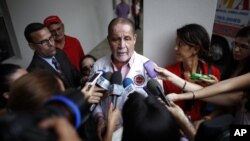 El doctor Ernesto Torres señaló que podrían esperar de dos a tres días para que la familia decida si donará los órganos del boxeador.