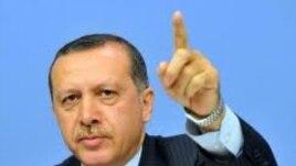 Turqia e pakënaqur nga mospranimi në BE